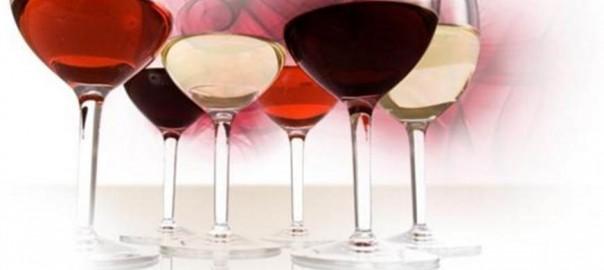 Diferentes copas de vino: blanco, tinto, rosado, clarete